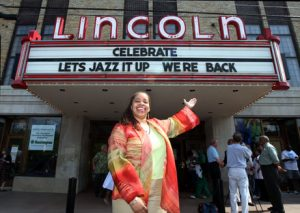 Post image for Lincoln Theatre's BACKSTAGE AT THE LINCOLN Concert Series Adds 2013 Dates