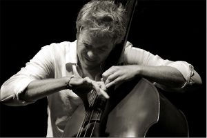 Post image for Virtuoso Bassist Kyle Eastwood Live at the Short North Stage