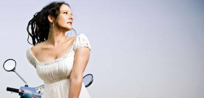 Post image for Nashville Vocalist Annie Sellick to Perform at the Jazz Bungalow